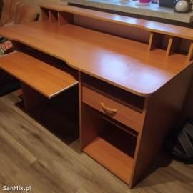 Biurko w dobrym stanie